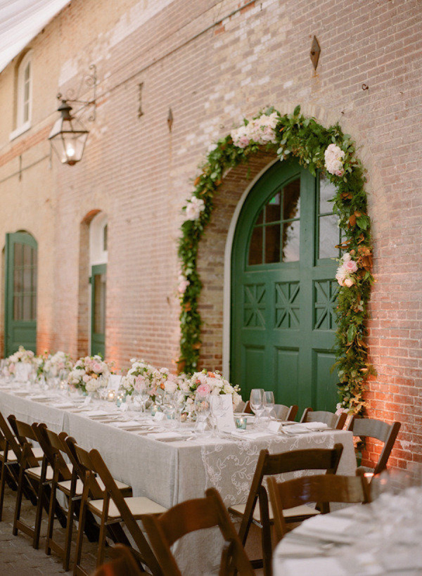 Bride blogger planning a gluten free wedding charm city wed for Evergreen house
