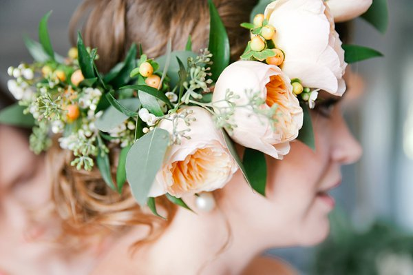 Antrim 1844 Country House Wedding - Floral Crown by Ann's Garden ||  Melinda Snyder Photography ||  Charm City Wed  ||  www.charmcitywed.com