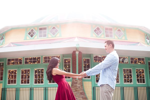 Glen Echo Park Engagement Photos  ||  Judah Avenue Photography  ||  Charm City Wed  ||  www.charmcitywed.com