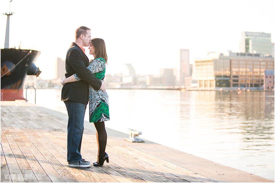 Camden Yards Engagement Photos  ||   tPoz Photography  ||  Charm City Wed   ||   www.charmcitywed.com