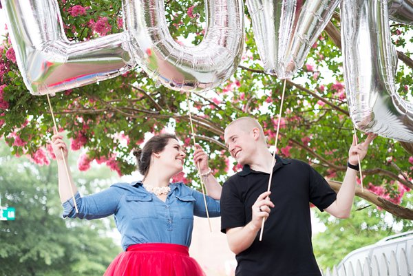 Hot Air Balloon Engagement Session in Easton, MD  ||  Joy Michelle Photography  ||   Charm City Wed  ||  www.charmcitywed.com