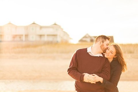 Winter Beach Engagement Photos  ||  Lauren Werkheiser Photography ||  Charm City Wed  ||  www.charmcitywed.com