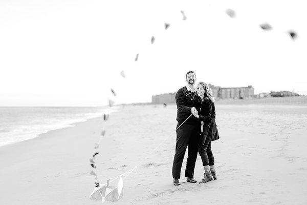 Winter Beach Engagement Photos  ||  Lauren Werkheiser Photography ||  Charm City Wed  ||  www.charmcitywed.com