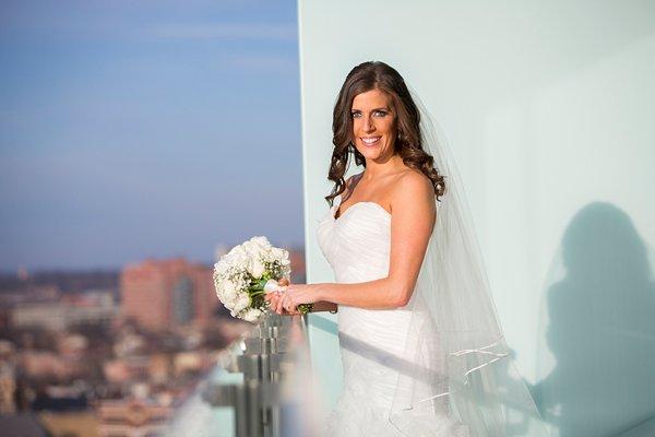 Four Seasons Baltimore Wedding  ||  JFannon Photography  ||  Charm City Wed  ||  www.charmcitywed.com