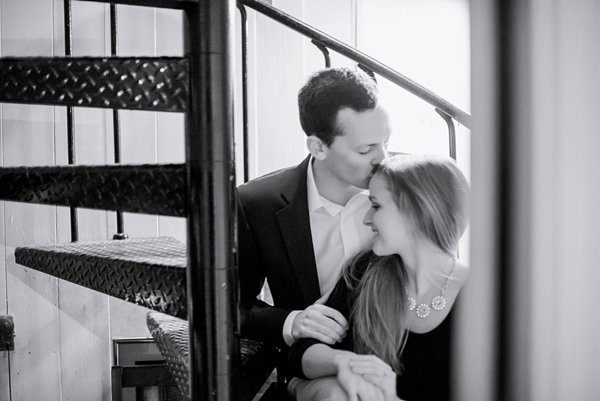 Book Store Engagement Session  ||  Joy Michelle Photography  ||  Charm City Wed  ||   www.charmcitywed.com
