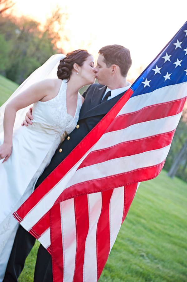 Patriotic Antrim 1844 Wedding  ||  Kathleen Hertel Photography   ||  Charm City Wed  ||  www.charmcitywed.com