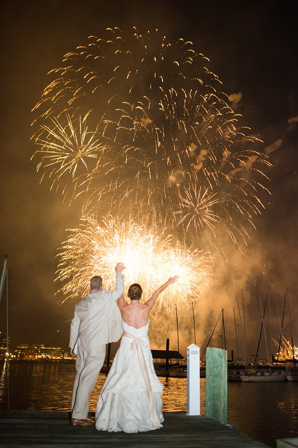 Baltimore 4th of July Fireworks Wedding ||   tPoz Photography  ||  Charm City Wed  ||  www.charmcitywed.com