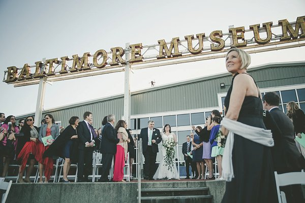 Baltimore Museum of Industry Wedding  ||   Barbara O Photography  ||  Charm City Wed  ||  www.charmcitywed.com