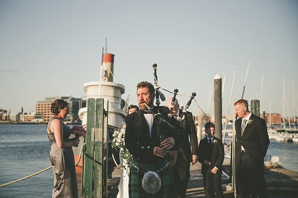 Baltimore Wedding Bagpiper  ||   Barbara O Photography  ||  Charm City Wed  ||  www.charmcitywed.com
