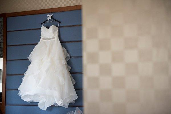Wedding Prep at the Hotel Monaco Baltimore  ||  Kathleen Hertel Photography  ||  Charm City Wed  ||  www.charmcitywed.com