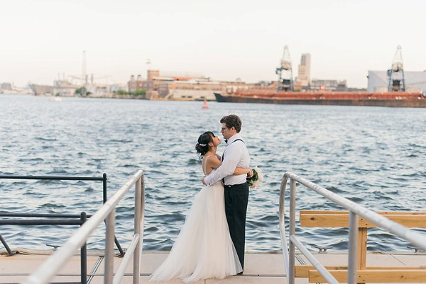 Waterfront Kitchen Wedding  ||  Joy Michelle Photography  ||  Charm City Wed  ||  www.charmcitywed.com