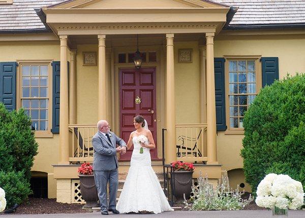Belmont Manor Wedding Ceremony || Artistic Imagez || Charm City Wed || www.charmcitywed.com