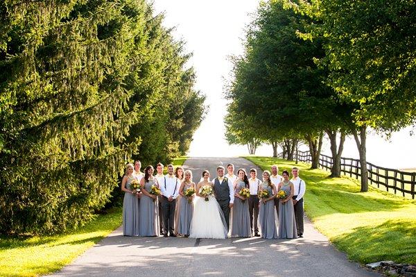 Morningside Inn Wedding Photos || Robin Shotola Photography || Charm City Wed || www.charmcitywed.com