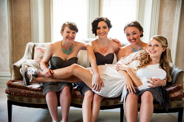 DIY Wedding at Ceresville Mansion || Robin Shotola Photography || Charm City Wed || www.charmcitywed.com