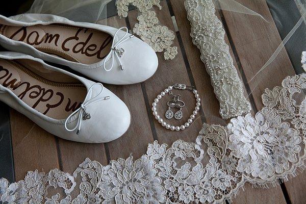 Four Seasons Baltimore Wedding Prep || Richard+Tara Photography || Charm City Wed || www.charmcitywed.com
