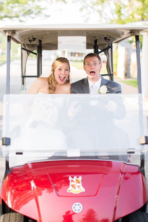 golf cart Wedding at Country Club of Maryland || Anna Grace Photography || Charm City Wed || www.charmcitywed.com