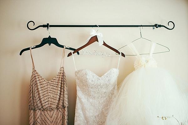 Chesapeake Bay Beach Club Wedding || Anna Reynal Photography || Charm City Wed || www.charmcitywed.com