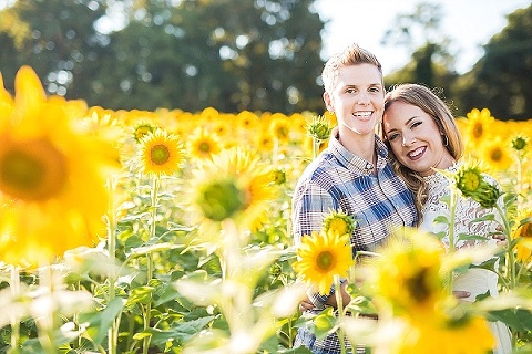 Sunflower Engagement Session || Photography by Brea || Charm City Wed || www.charmcitywed.com