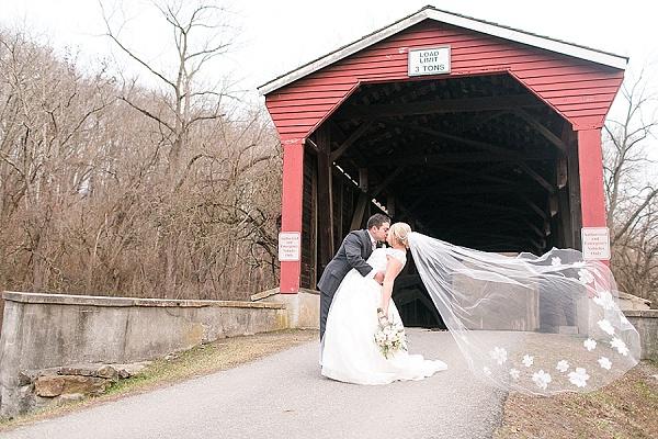 Tea Barn at Fair Hill Wedding || Kristi McKeagPhotography || Charm City Wed || www.charmcitywed.com