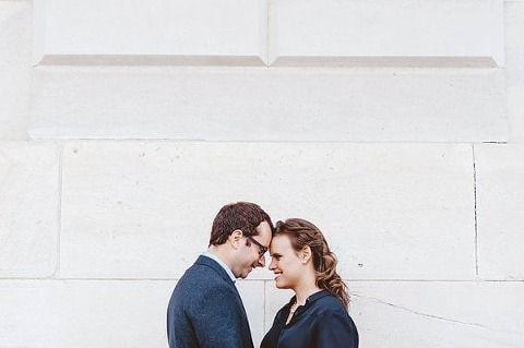 Downtown Baltimore Engagement Session || Thread+Feather Photography || Charm City Wed || www.charmcitywed.com