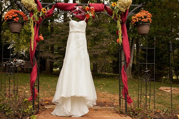 Swan Harbor Farm Wedding || Borrowed Blue Photography || Charm City Wed || www.charmcitywed.com