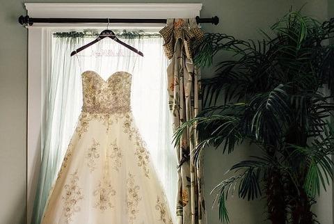 Chesapeake City Wedding || Dani Leigh Photography || Charm City Wed || www.charmcitywed.com