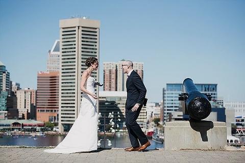 Elkridge Furnace Inn Wedding || Love Life Images || Charm City Wed || www.charmcitywed.com