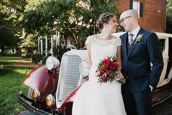 Elkridge Furnace Inn Wedding || Love Life Images || Charm City Wed || www.charmcitywed.com