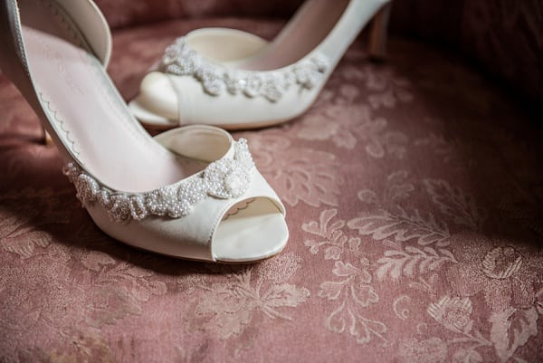 Classic Tabrizi's Waterfront Wedding || Kathleen Hertel Photography || Charm City Wed || www.charmcitywed.com
