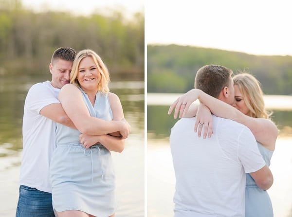 Outdoor Engagement Session || Sknow Photo || Charm City Wed || www.charmcitywed.com