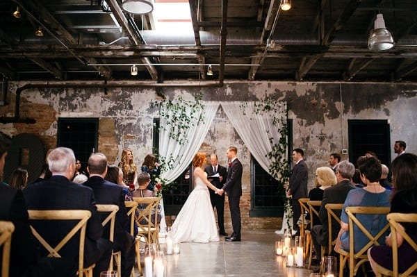 Chic Mt Washington Mill Dye House Wedding || Rebekah J Murray Photography || Charm City Wed || www.charmcitywed.com