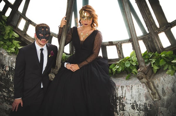 Masquerade Elopement Styled Shoot || John Operaña Photography || Charm City Wed || www.charmcitywed.com