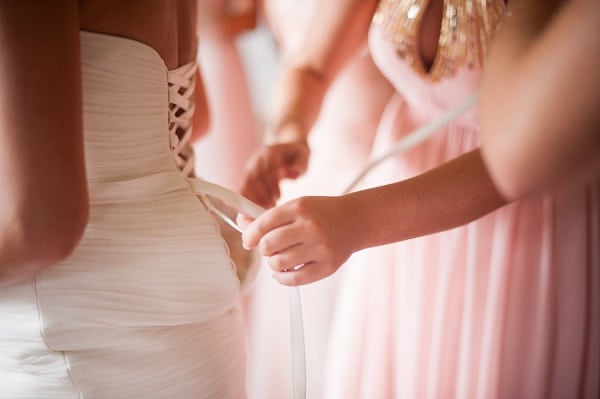 Vintage Blush Running Hare Vineyard Wedding || Meaghan Elliott Photography || Charm City Wed || www.charmcitywed.com