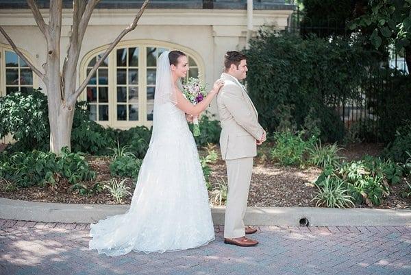 Maryland Zoo Wedding || Meghan Elizabeth Photography || Charm City Wed || www.charmcitywed.com