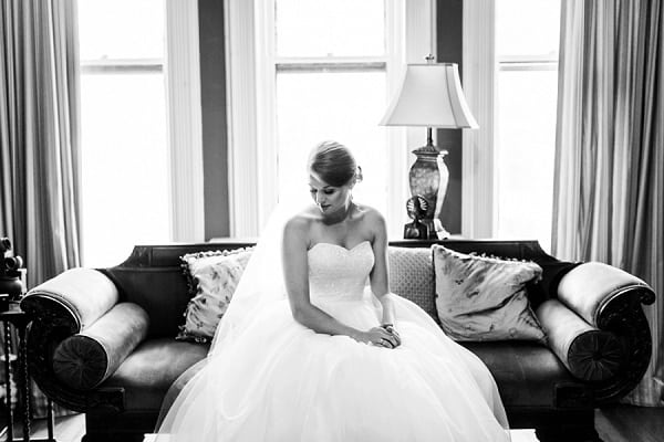 Holiday Belvedere Wedding || Heather Ryan Photography || Charm City Wed || www.charmcitywed.com