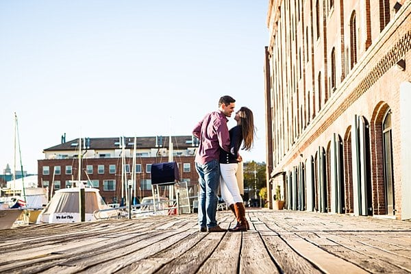 Loyola Engagement || Jessica Eastburn Photography || Charm City Wed || www.charmcitywed.com
