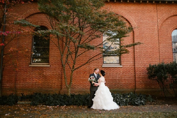 Vintage Overhills Mansion Wedding || Victoria Selman || Charm City Wed || www.charmcitywed.com
