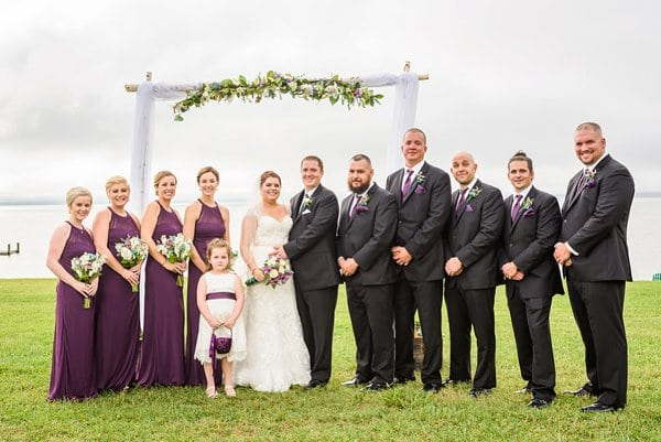 Weatherly Farm Wedding || Gonzalez J. Photography || Charm City Wed || www.charmcitywed.com