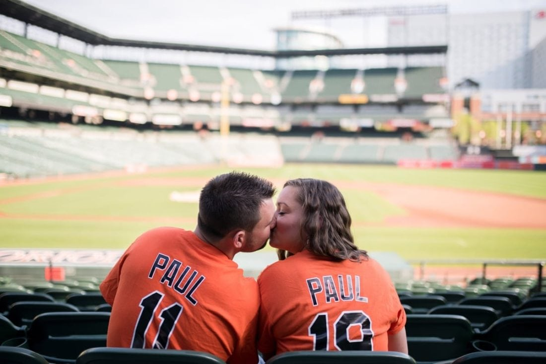 Orioles Opening Day Engagement Photos || Tracie Lynn Photography || Charm City Wed || www.charmcitywed.com