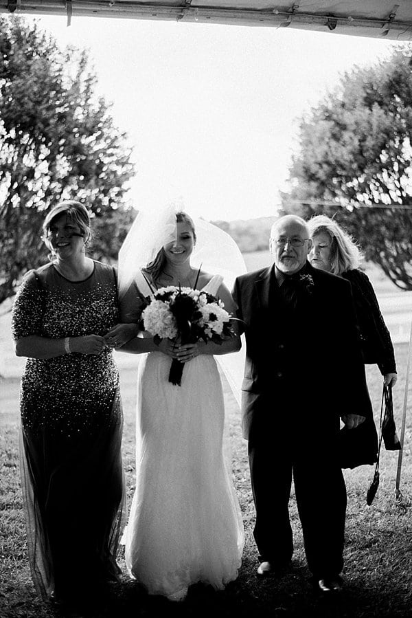 Sage Way Farm Wedding || Sarah Aaron Photography || Charm City Wed || www.charmcitywed.com