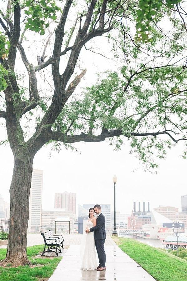Elkridge Furnace Inn Wedding || Britney Clause Photography || Charm City Wed || www.charmcitywed.com