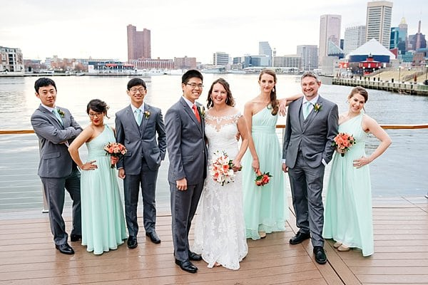 National Aquarium Wedding || Rachel Smith Photography || Charm City Wed || www.charmcitywed.com