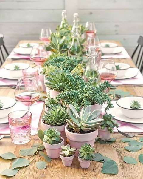Decorating Your Wedding With Potted Plants: Part 3: Table